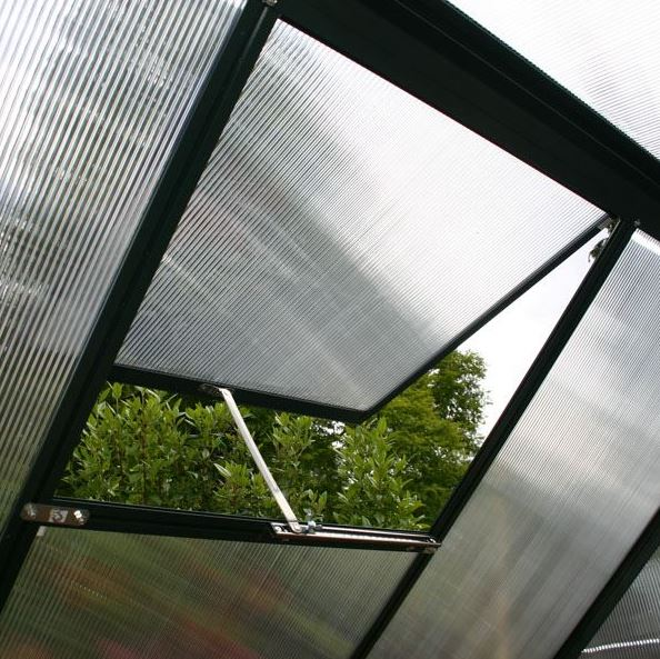 Green house made from polycarbonate panel